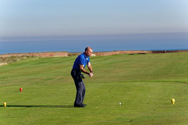 golf-swing-970871_640